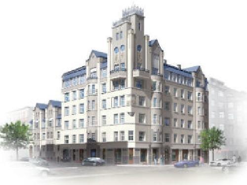 Рига Квартиры в центре, в одном из изысканных строений латвийской столицы Недвижимость Рига (Латвия) Этот комплекс зданий был построен в 1909 году в историческом центре Риги, по проекту выдающегося рижского архитектора Эйжена Лаубе, и стал одним из самых узнаваемых и изысканных строений латвийской столицы