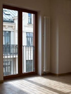 Рига Квартиры в Старом городе - история за вашим окном Недвижимость Рига (Латвия)   Старина и будущее тут находятся рядом