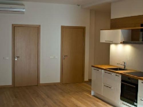 Рига Квартиры в Старом городе - история за вашим окном Недвижимость Рига (Латвия)   Бесспорным преимуществом является наличие подземного паркинга, это, пожалуй, единственный проект в Старом городе с таким предложением