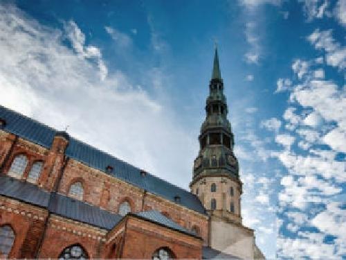 Рига Квартира в Старом городе, рядом с церковью Св Петра Недвижимость Рига (Латвия) Квартира в Старом Городе рядом с церковью Св